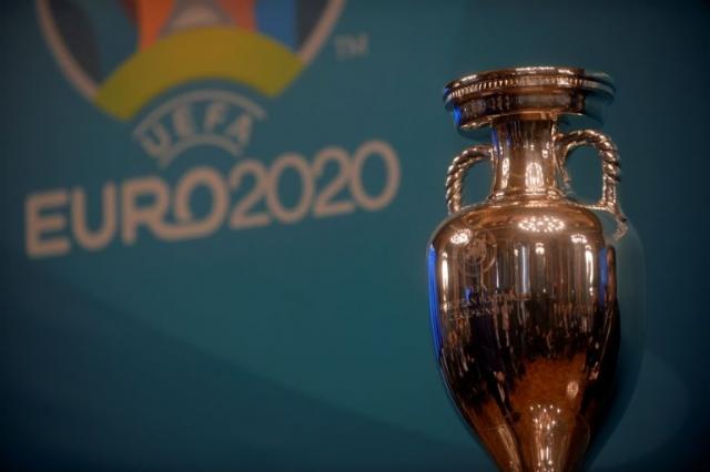 """""""Л'Екип"""": УЕФА во вторник ќе го одложи Евро 2020 за идното лето!"""