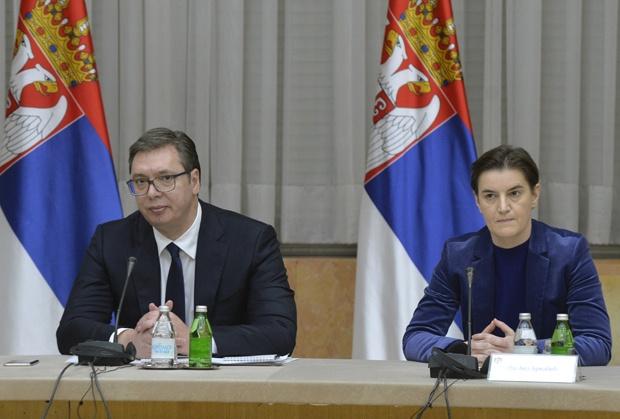 Коронавирусот во Србија досега однесе 10 животи: Рекордни нови 131 заразен