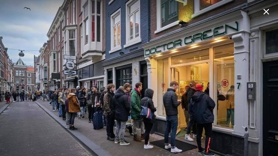 Во Холандија отворени кафулињата што продаваат марихуана и хашиш