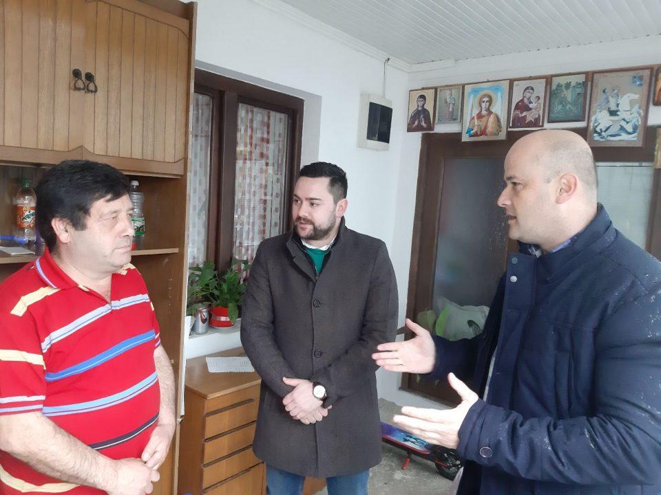 Велјановски на средба со граѓани: Сите се свесни дека на Македонија и е потребна нова сила