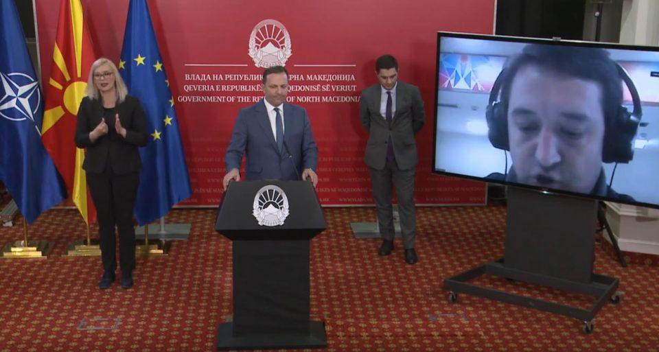 Спасовски контра Заев: Нема кратење од администрацијата, само од функционерите
