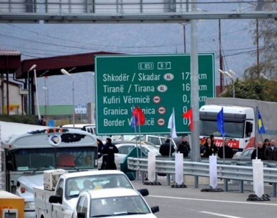 Затворени границите меѓу Албанија и Косово поради коронавирусот