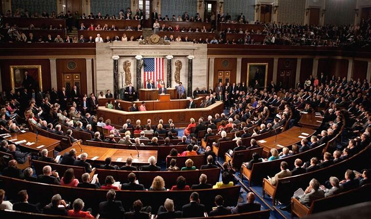 Сенатот одобри пакет мерки за помош на Американците поради опасноста од коронавирусот