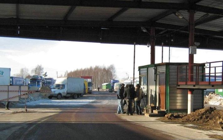 Пукање на граничниот премин Блато
