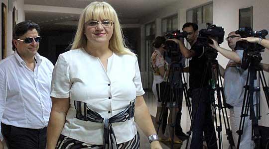 Адвокатот Страшевски до министерката Дескоска: Јавното здравје е заедничка одговорност!