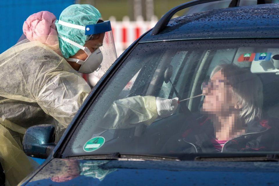 Меркел: Над 60 отсто од Германците ќе се заразат со Ковид-19