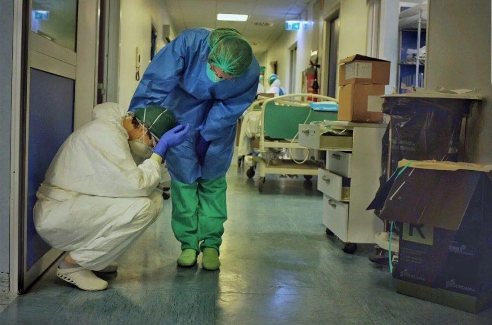 Италијански лекари отстранија тумор од трахеја на пациент со Ковид-19