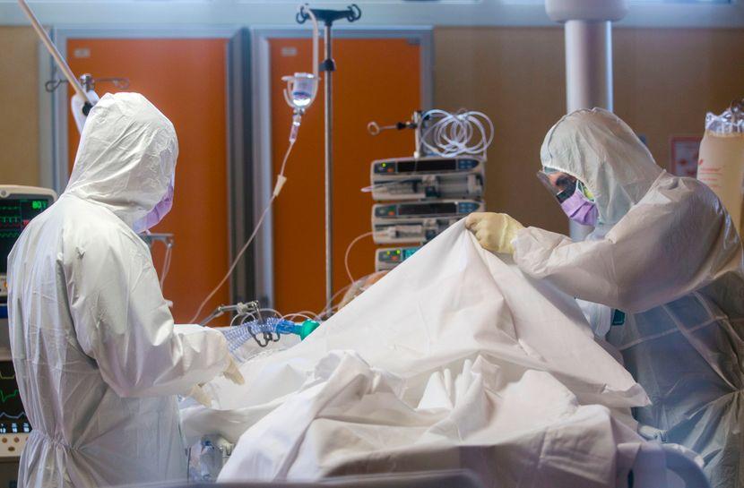 Голем број на доктори заразени со новиот коронавирус