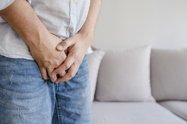 Ова нема да им се допадне на мажите: Еве како КОВИД-19 влијае на нивното сексуално здравје доколку се заразат!