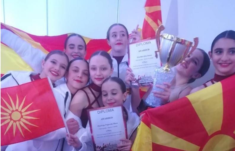 """Македонски девојчиња од """"Арт Балет"""" победија на натпревар во Москва (ВИДЕО)"""