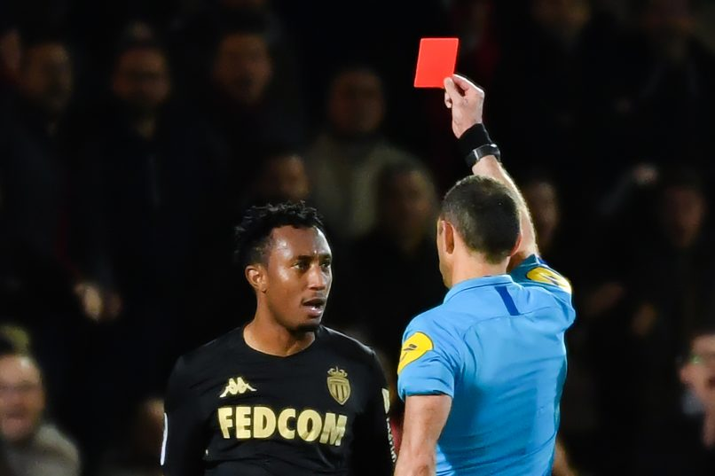 Играч на Монако казнет за половина година за туркање на судија