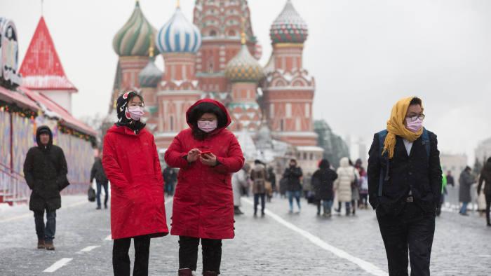 Русија ги затвора границите од 30 март
