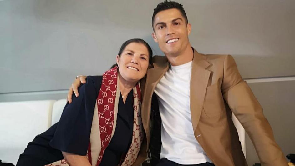 Мајката на Роналдо доживеа мозочен удар
