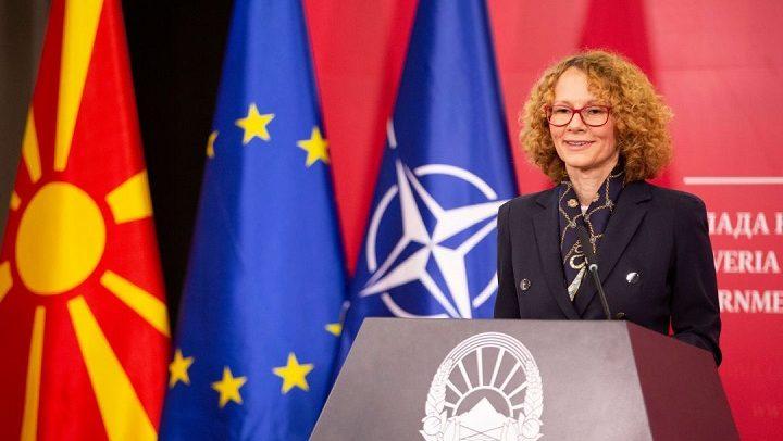 Ајтов: Зошто Шекеринска кога знаела дека на Криволак била во контакт со заразено лице од коронавирус не ги презела мерките препорачани од владата