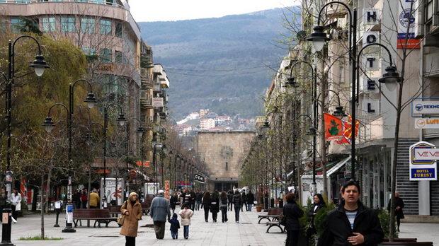 Коронавирусот во Македонија им стави клуч на кафитериите, баровите, казината, обложувалниците…