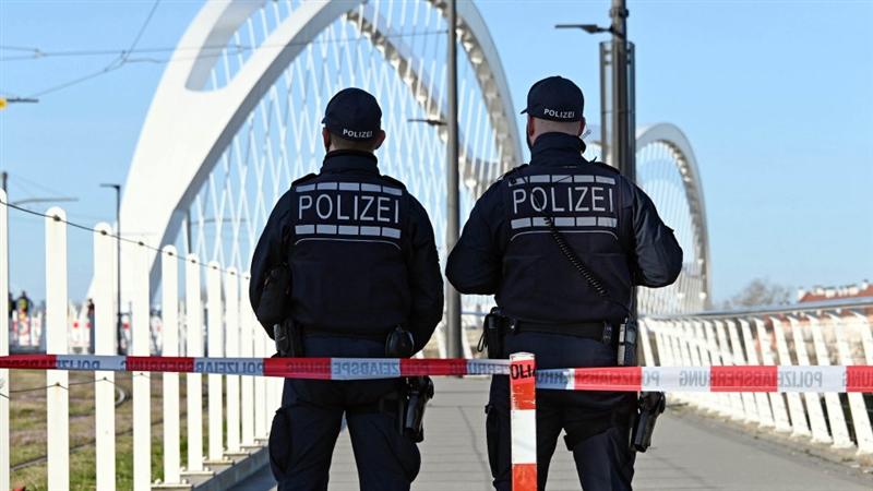ЕУ утре напладне ги затвора границите поради коронавирусот