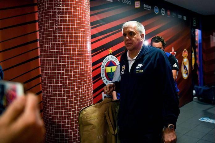 Обрадовиќ со семејството ќе се врати од Турција во Србија