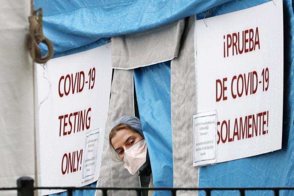 САД стана прва држава со над 1000 починати во еден ден од коронавирус