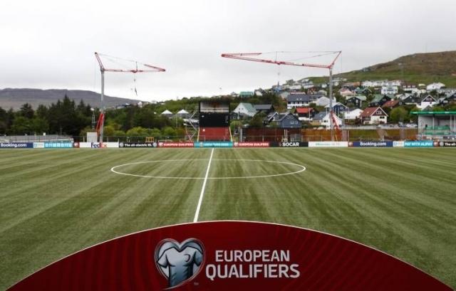 Почнува првата фудбалска лига во Европа по пандемијата и тоа со – ептен чудни правила!