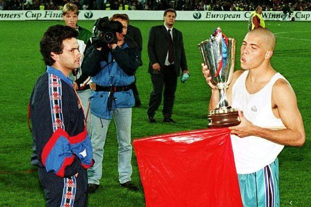 Мурињо го одбра најдобриот фудбалер на сите времиња и ги изненади сите!