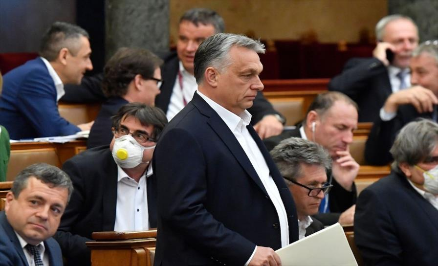 Унгарија ќе им додели бонус од 1.500 долари на здравствените работници