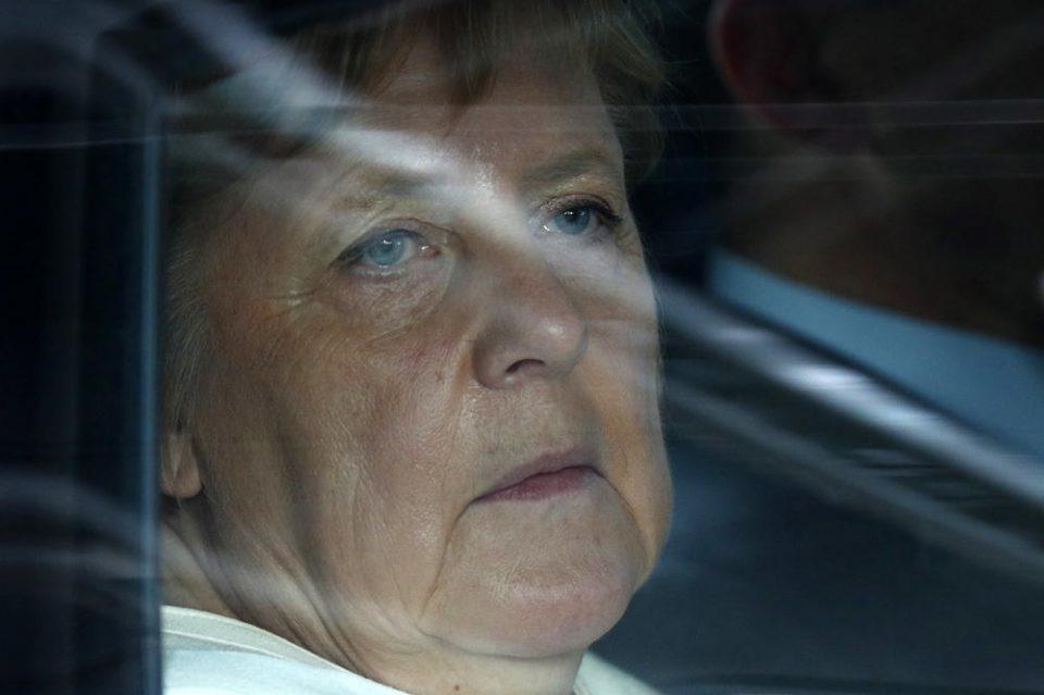 """Меркел го осуди """"расистичкото"""" убиство на Џорџ Флојд во САД"""