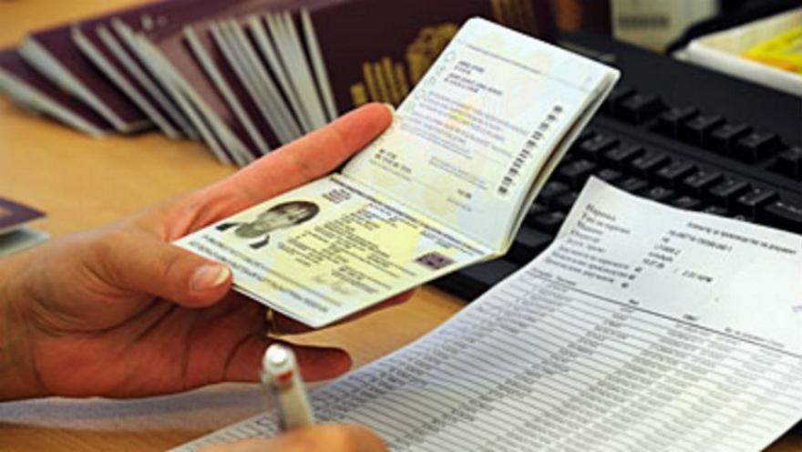 МВР: Истечените пасоши и лични карти се валидни за време на вонредната состојба