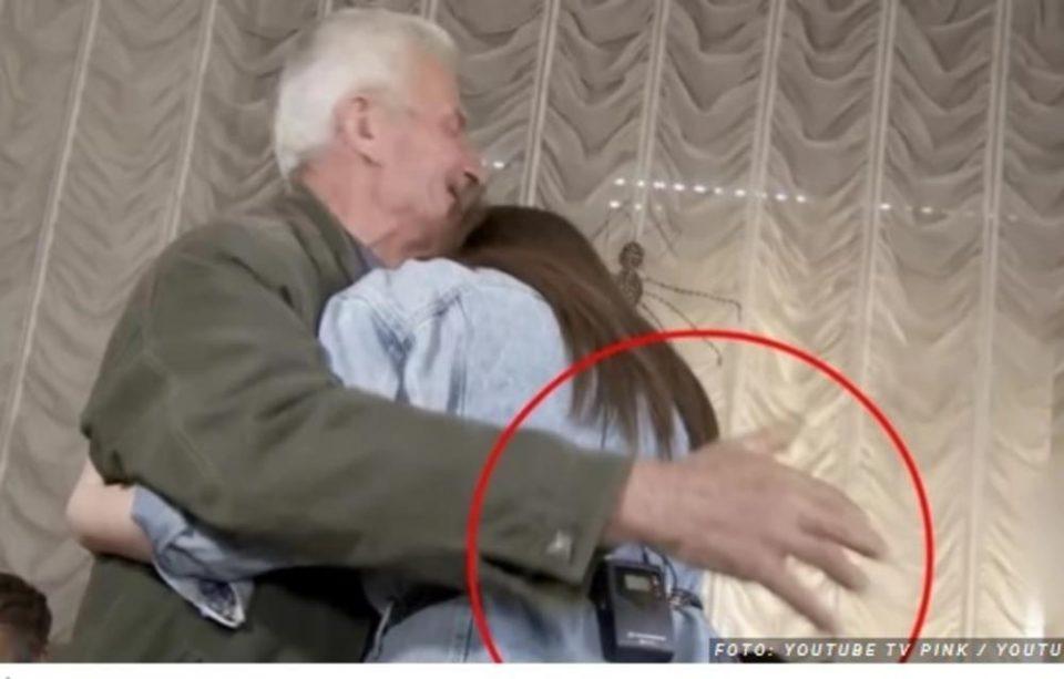 Се огласи водителката која среде емисија дедо ја фати за задникот: Добив уште една понуда по завршување на емисијата (ВИДЕО)