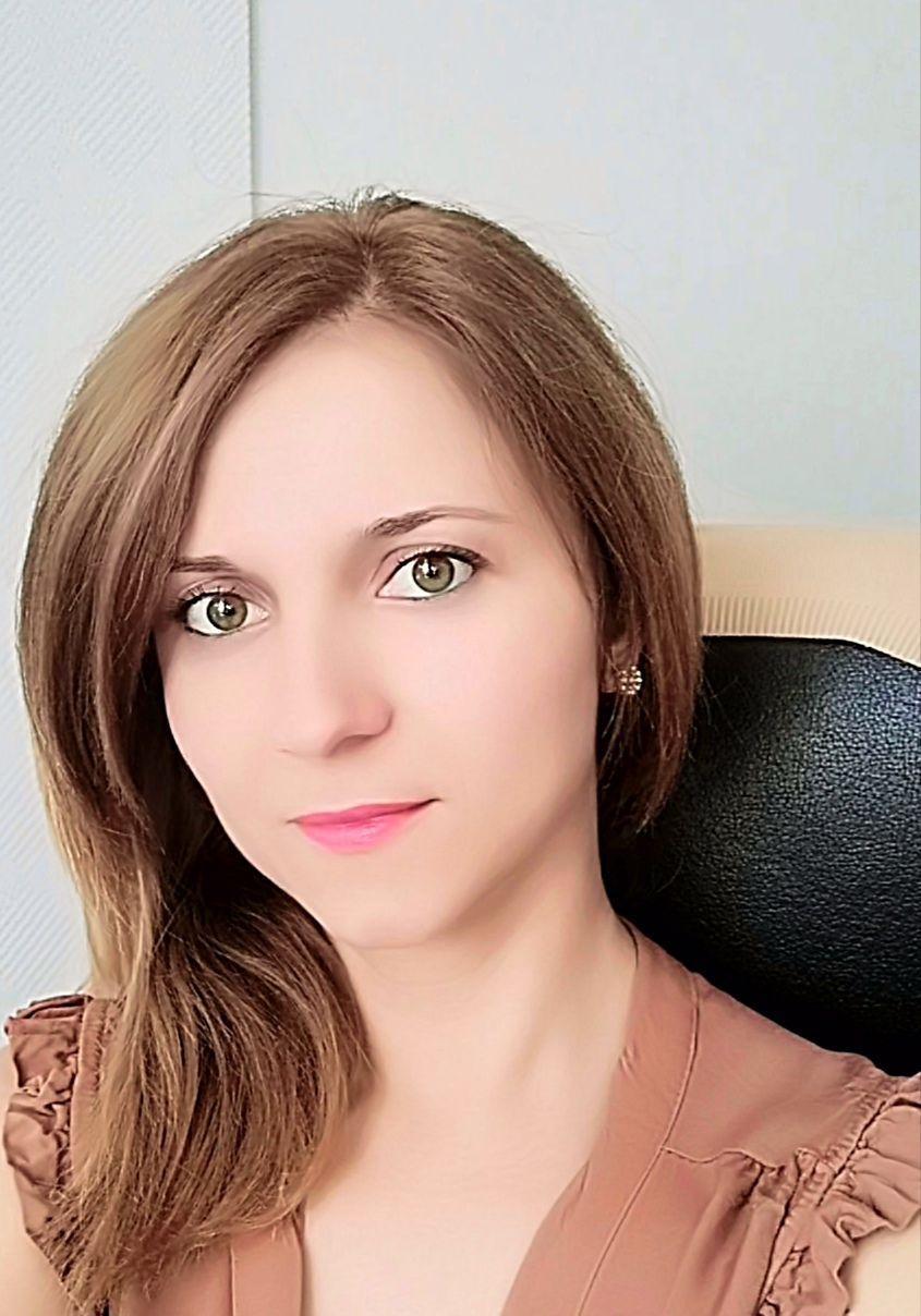 """Колумна на Марија Апостолова-Николовска: Дигитално ,,вреднување"""""""