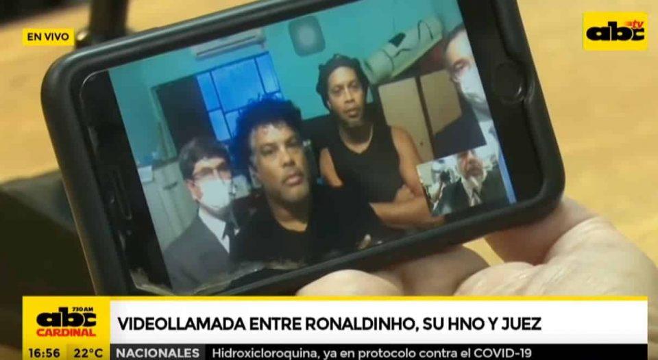 ВИДЕО: Ова е моментот кога Роналдињо дозна дека излегува од затвор