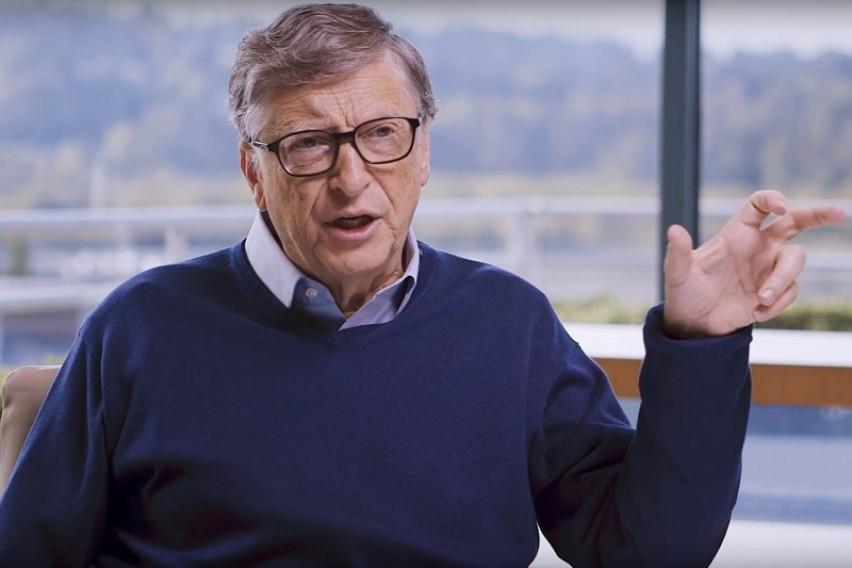Бил Гејтс очекува вакцината против коронавирус да биде широко достапна во светот