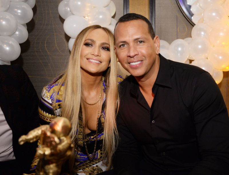 Алекс Родригез и Џенифер Лопез на пауза поради пандемијата