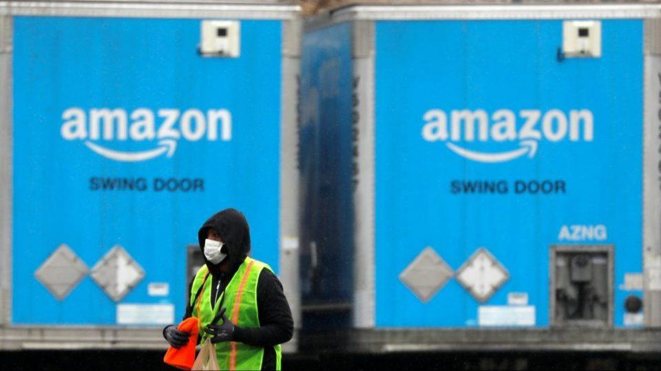 Нема криза за Amazon – Отворени 75 илјади работни места за да се постигне со нарачките