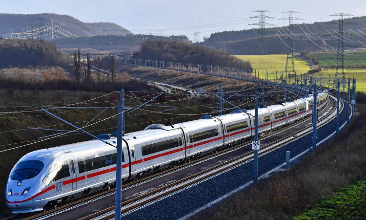 Австрија ќе воспостави директна железничка врска за негователките од Романија