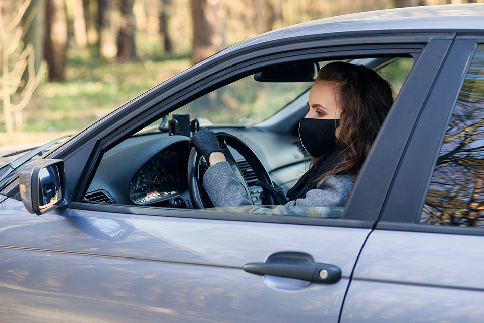 Ново ограничување: Во автомобил не смеат да се возат повеќе од тројца, вклучително и возачот