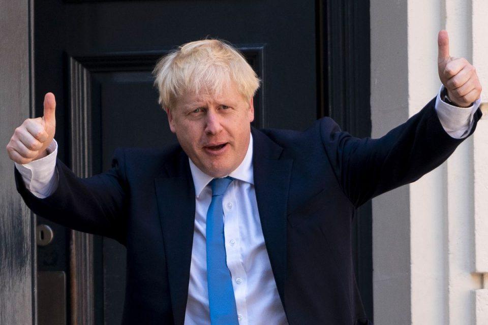 Џонсон: Британија ќе ги смени правилата ако Кина наметне закон на ХонгКонг
