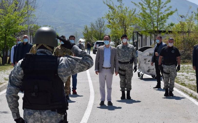 Министерот Чулев во посета на Единицата за брзо распоредување (ФОТО)