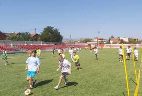 Tренерите може да останат без работа: Фудбалските клубови и школи бараат помош од ФФМ и Агенцијата за млади и спорт