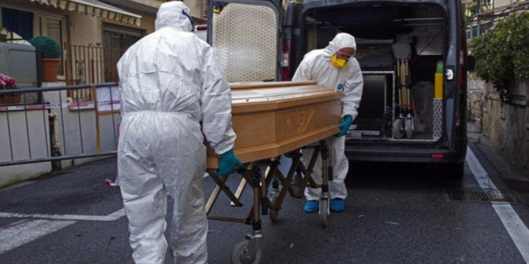 Во Италија продолжува да се намалува бројот на смртните случаи од Ковид-19