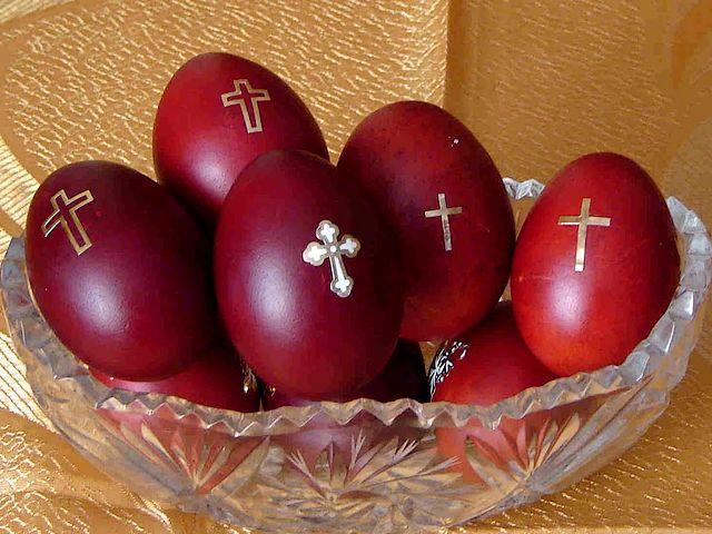 Ако ви останале велигденски јајца, веќе не смеете да ги јадете – ова е причината