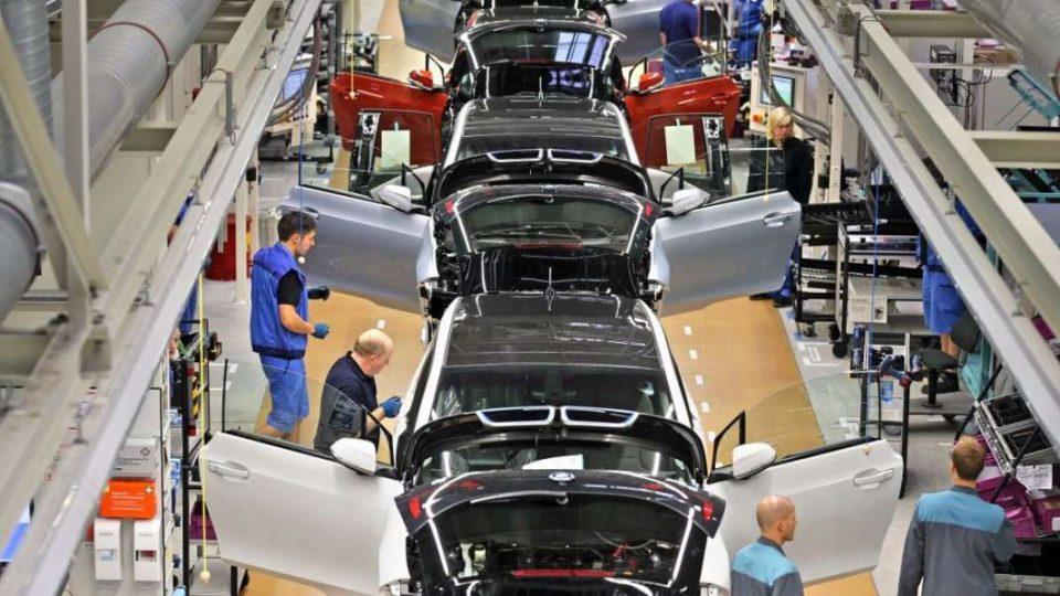 Почнува со работа европската автомобилска индустрија