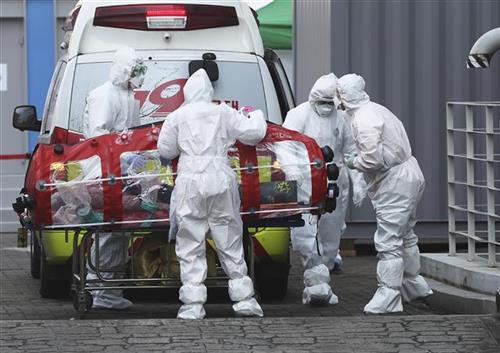 За 24 часа, нови 531 смртни случаи во Франција од Ковид-19