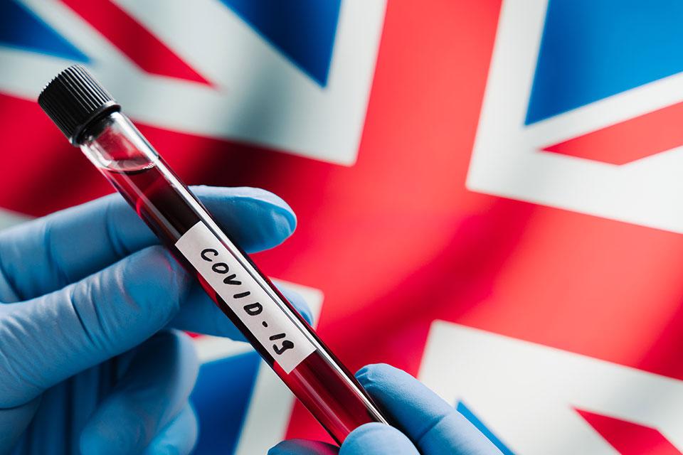 Велика Британија бележи најмал број на починати и заразени од крајот на март