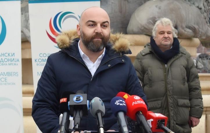 Ангеловски: Во нормална држава министер ќе војува со непријателот, а не со сопствениот народ
