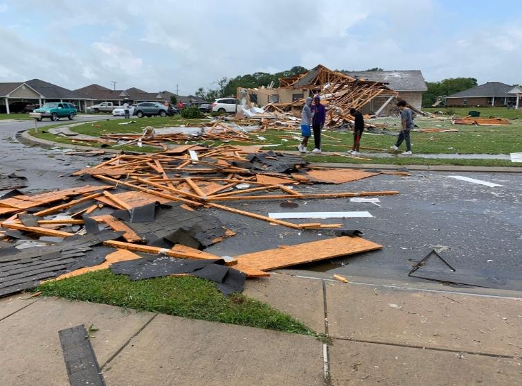 Силно невреме на југот од САД, најмалку шест жртви во Мисисипи