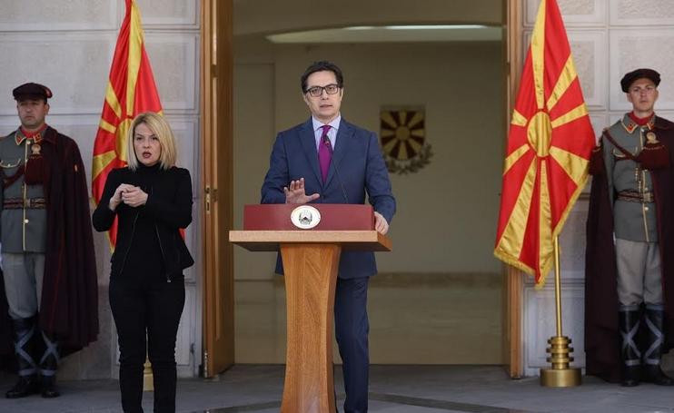 И претседателот Пендаровски како поранешниот премиер Заев, менува ставови кога им треба