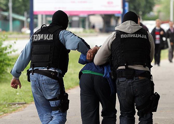 МВР: Приведено лице од Скопје барано по потерница