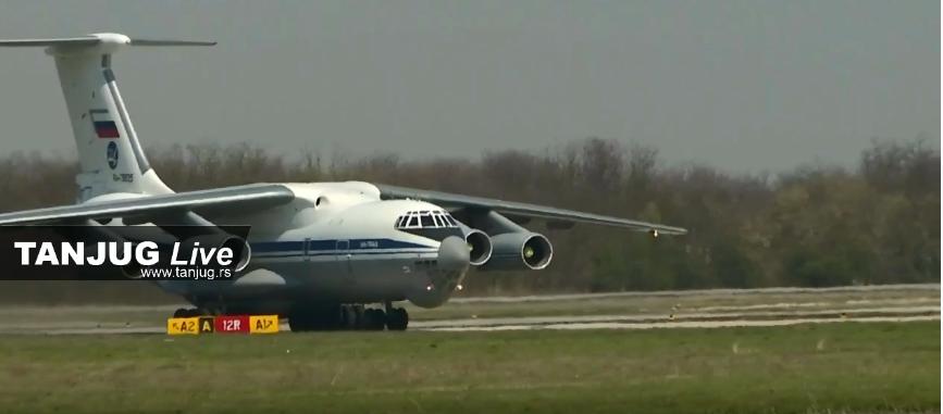 (Видео) Руски авион со помош слета во Србија