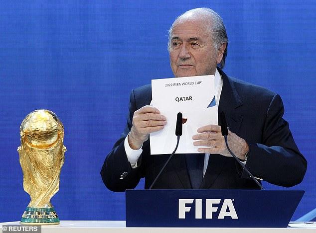 Блатер верува дека е можно Мундијалот во 2022 да не се игра во Катар