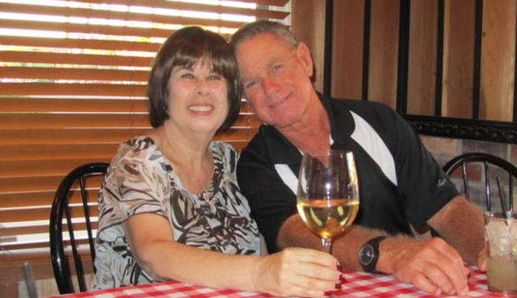 ФОТО: Биле во брак 51 година, починаа од коронавирус еден по друг во интервал од шест минути